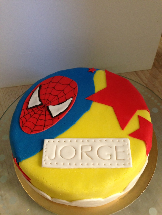 Tarta Superhéroes Fondant